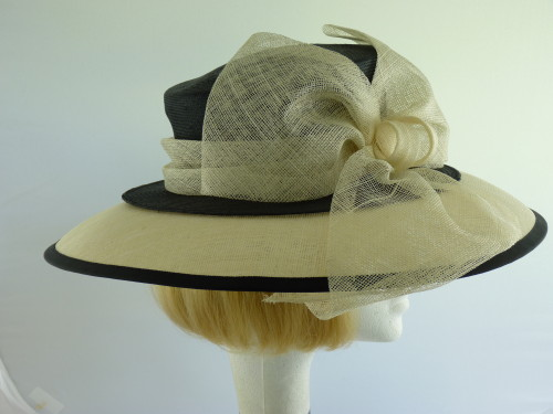 Frank Usher Ascot hat Black and Ivory