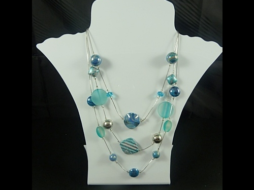 Scattered Necklace