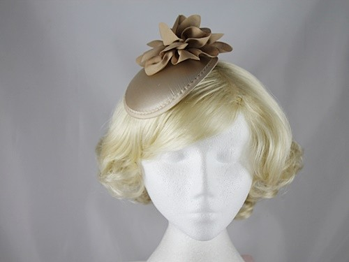 Flower Button Fascinator