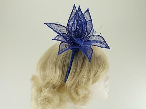 Elegance Collection Sinamay Leaf Fascinator