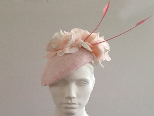 Couture by Beth Hirst Blair Pale Pink and Ivory Flower Beret