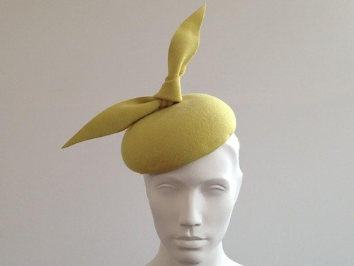 Couture by Beth Hirst Dr Bunsen Green Bow Beret