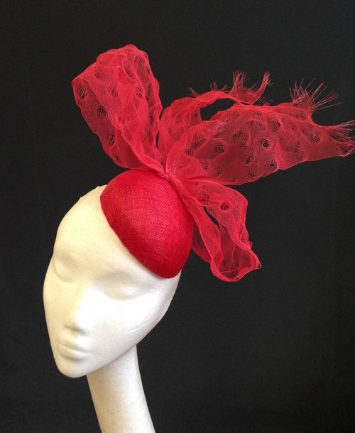 Couture by Beth Hirst Red Distressed Crin Bow Percher