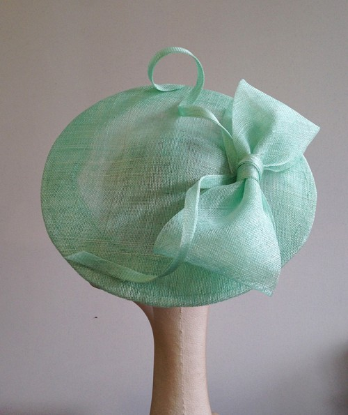 Couture by Beth Hirst Green Bow Saucer