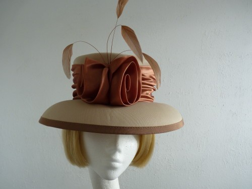Wedding hat Cream