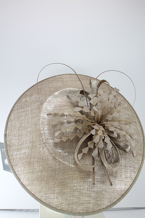Failsworth Millinery Events Feathers Disc