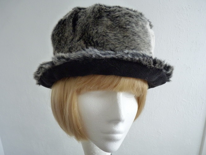 Ladies hat Grey Reversible