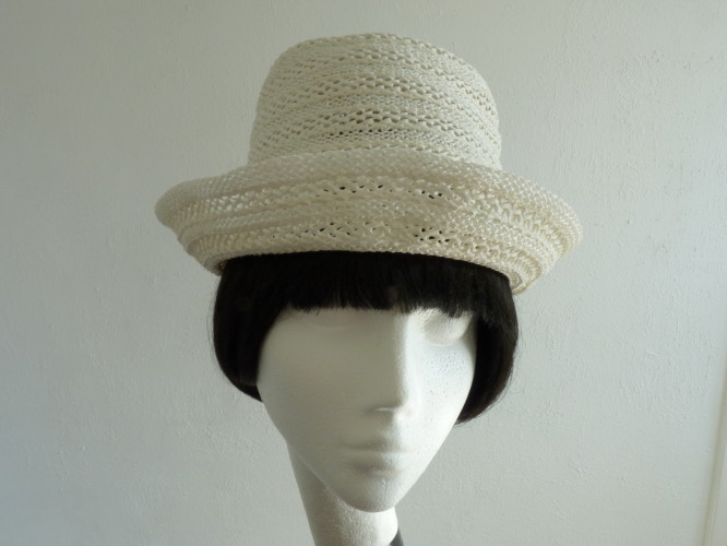 Ladies hat White