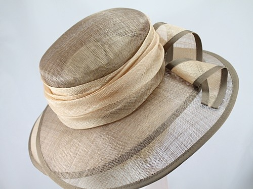Light Brown and Cream Double Brim Ascot Hat