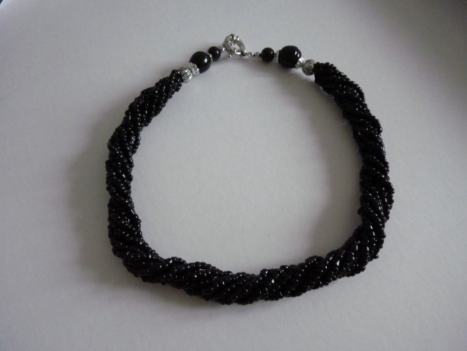 Necklace Black Twist