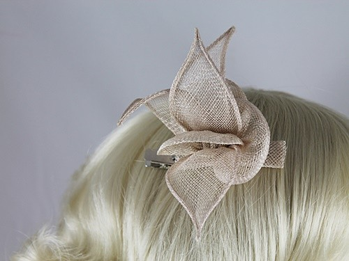 Fascinators 4 Weddings - Elegance Collection Small Leaves Fascinator in  Oyster (E15000F) b7c912d7f33