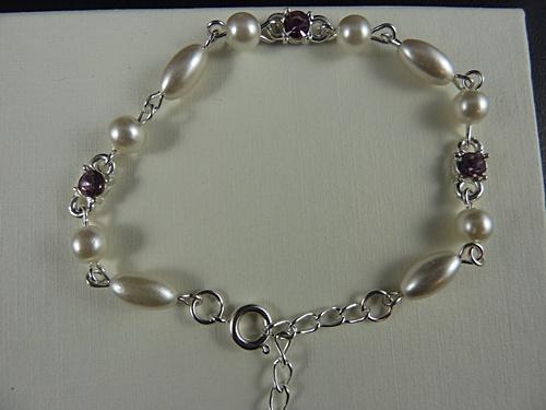 Pearl Bead and Gem Bracelet