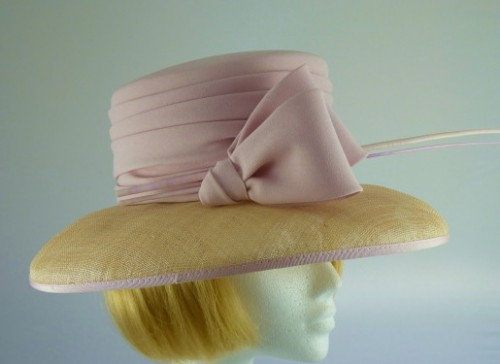Cappelli Condici Ascot hat Pink and Beige