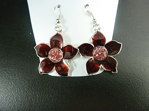 Triple Flower Necklace with Earrings