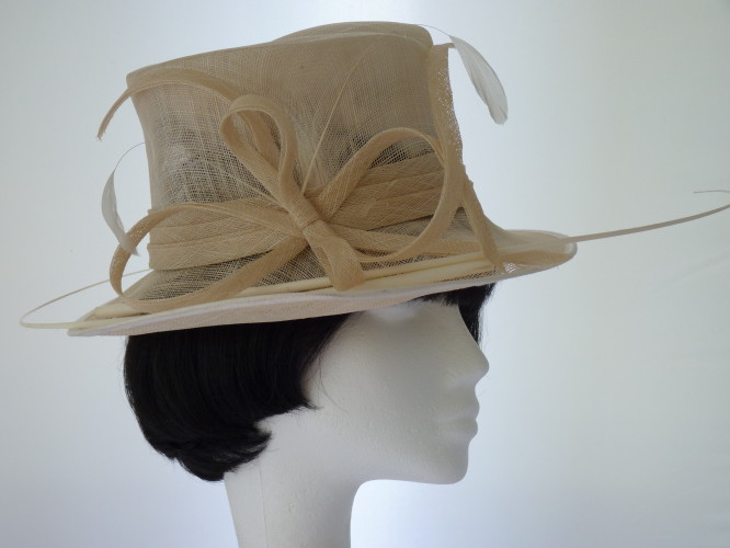 Wedding hat Cream Ivory
