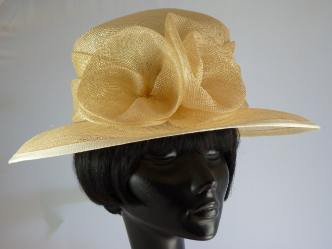 Wedding hat  Mid Lemon