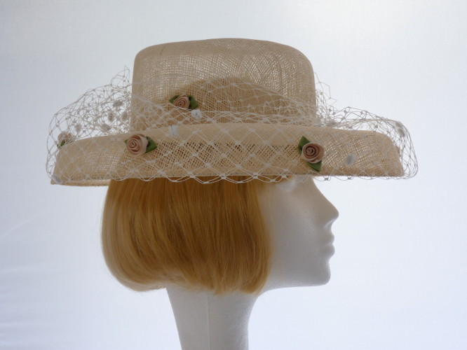 Wedding hat Palest Gold