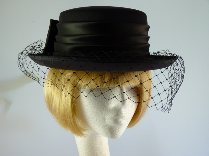 Fascinators 4 Weddings - Wedding hat Small Navy with Bow in Navy df710a8bfbab