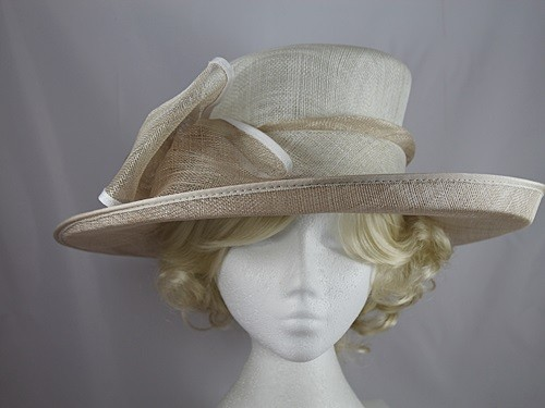 Wedding Hats 4U - Hawkins Collection Large Bow Wedding Hat in White    Champagne 383e65eb88e