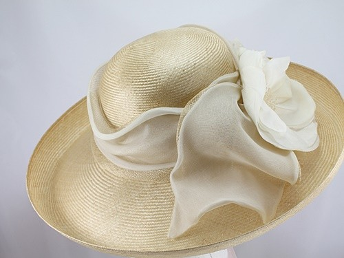 Whiteley Ripe Corn and White Ascot Hat