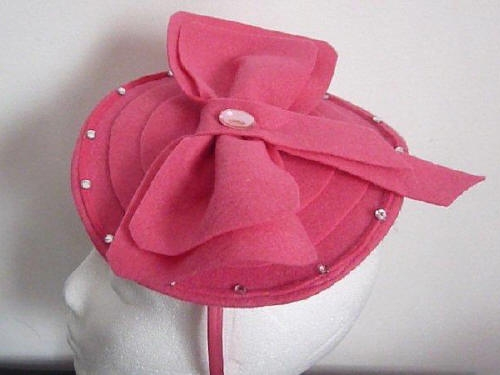 Designs by Cheryl Durrant Fascinator Pink