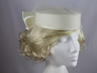 Cream Bow Headpiece