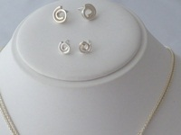 Kay Leeves Studio Designs Necklace and earring set Silver