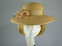Eastex Wedding hat Lemon with netting