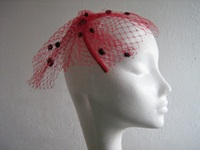 Wedding fascinator red and black