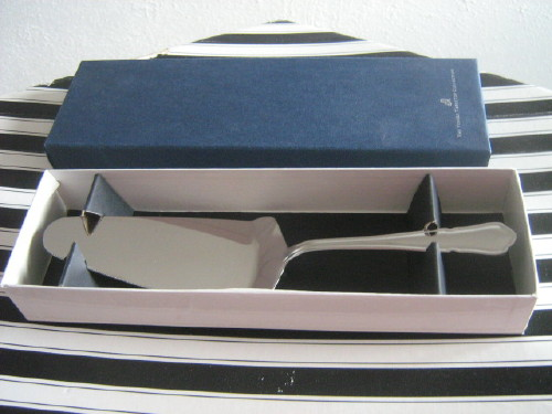 Wedding gift Boxed Viners Pastry server