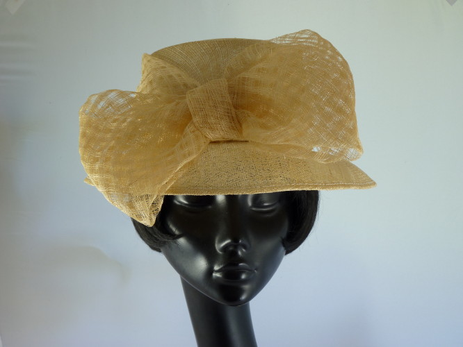 Wedding hat Mid Cream