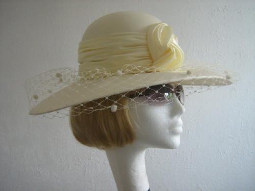 Fashion Line Ascot hat / Formal hat Lemon