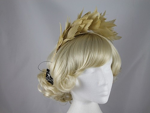 Nigel Rayment Shaped Feather Fascinator