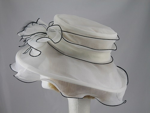 Black and Ivory Collapsible Wedding Hat