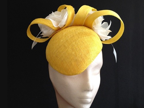 Couture by Beth Hirst Yellow and White Floral Beret