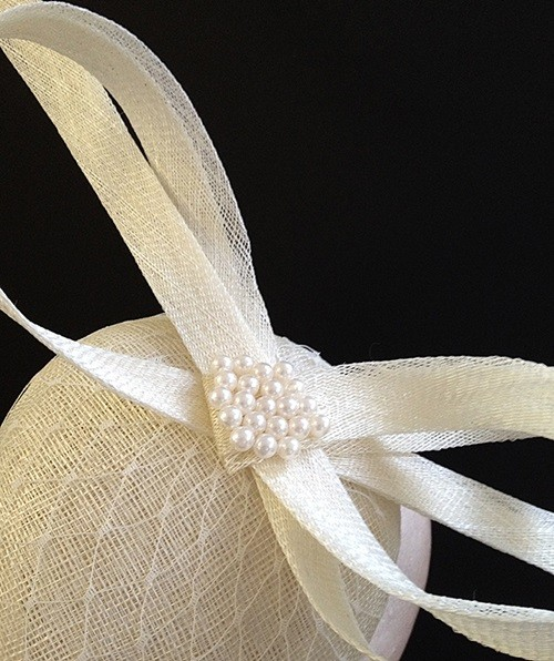 Couture by Beth Hirst Ivory Veiled Bow Bridal Percher