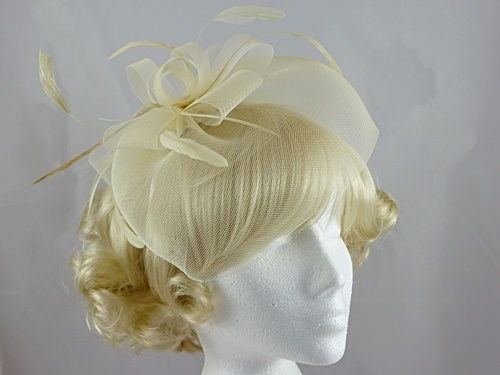 Loops and Veil Fascinator