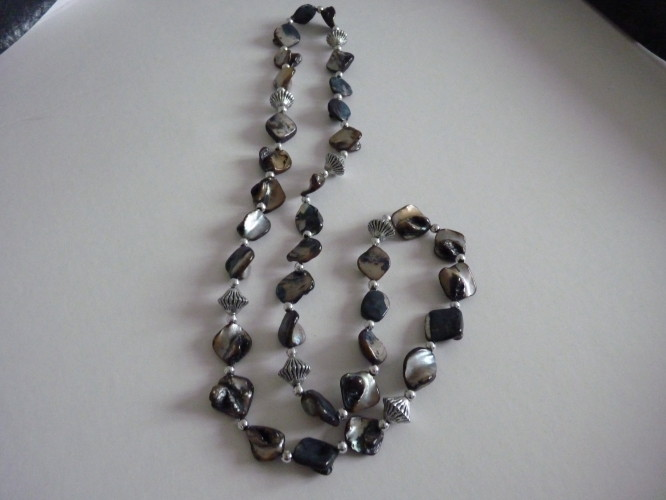Necklace long Black Multibeaded