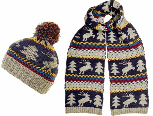 Boardman Xmas Themed Mens Beanie with Matching Scarf