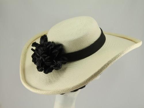 Vero Bermudez Hats Wedding Hat Black and Ivory