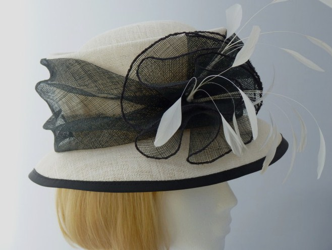 Diana Hats Wedding hat Black and Ivory