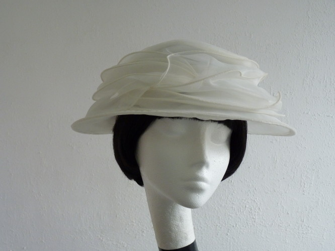 Marks and Spencer Wedding hat Pale Cream Ivory