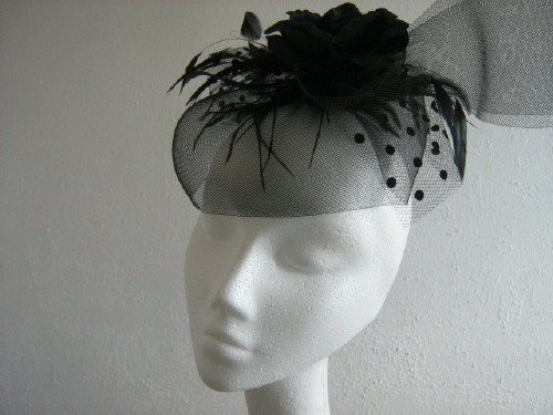 Fascinator Black with large rose